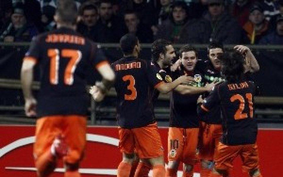 След голова драма Валенсия е на 1/4-финал, Стандарт продължава рейда си