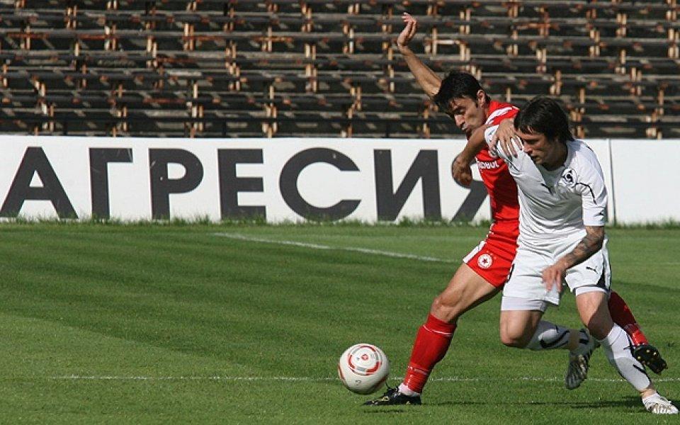 Георги Христов на линия за мача с Видима Раковски