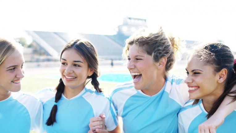 жени футбол