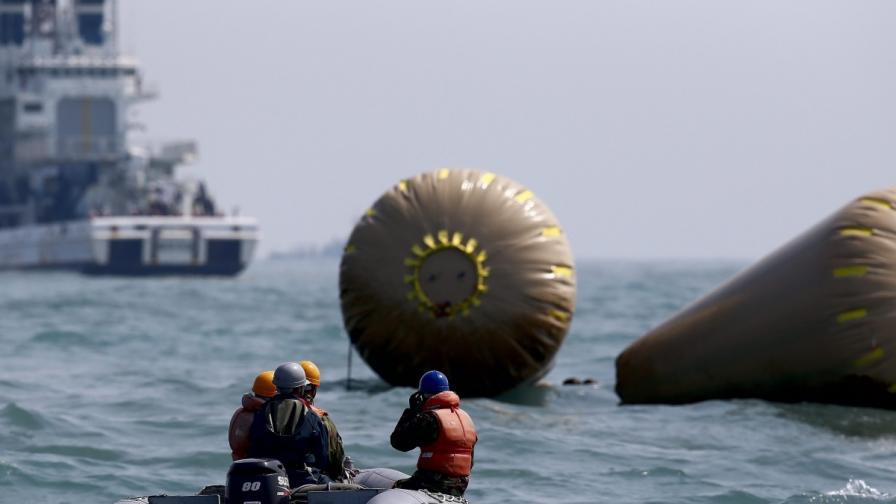 Броят на жертвите от южнокорейския ферибот расте