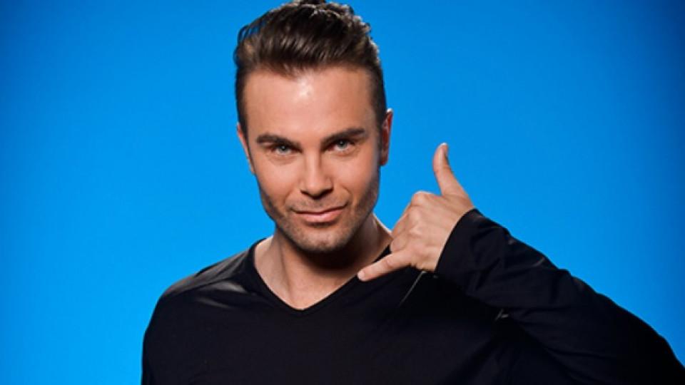 """Антон участва в четвъртия сезон на """"Dancing Stars"""", който се излъчва всеки вторник и четвъртък от 20,00 часа по Нова телевизия"""