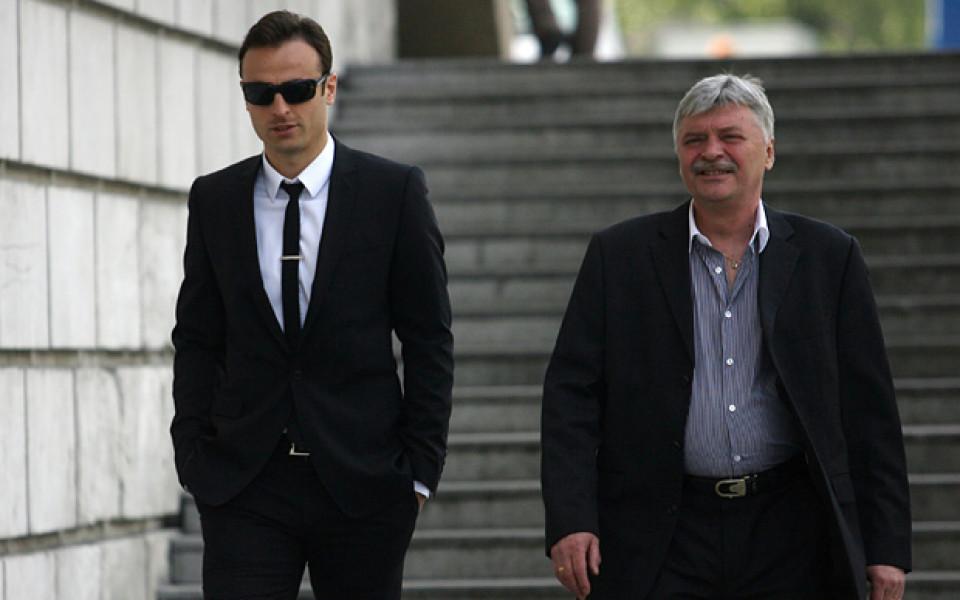 Данчев за Гонг: Преговори не е имало, Бербатов иска в Юнайтед без финансови претенции