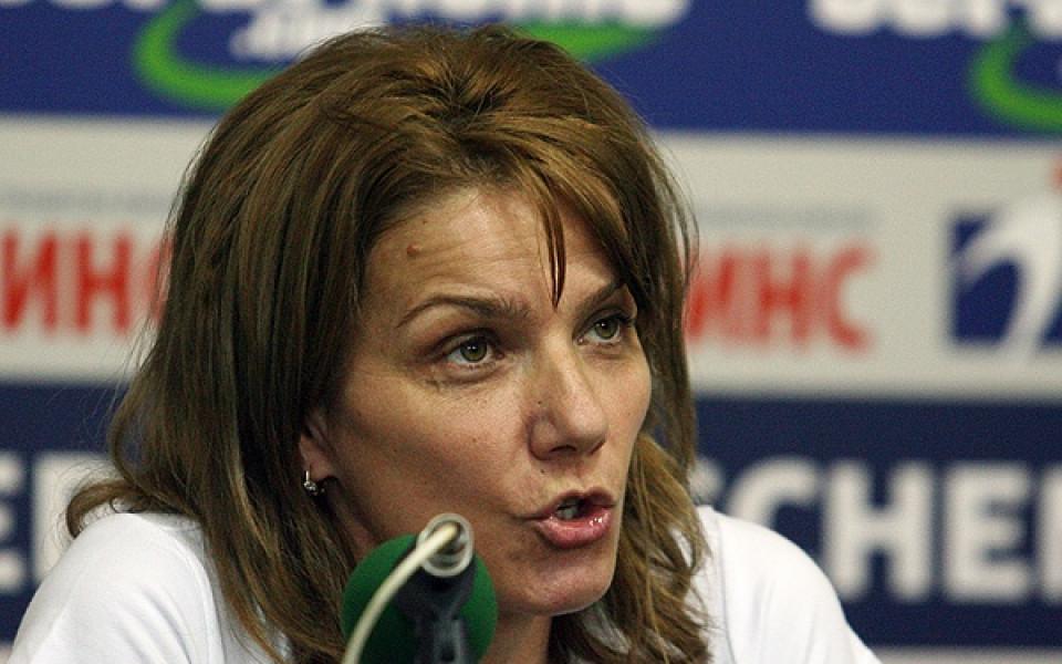 Таня Богомилова сдаде властта във федерацията по плуване