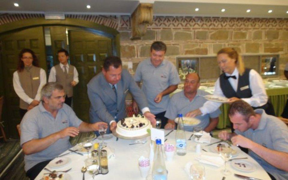 Юбилей в националния празнуват в Гърция
