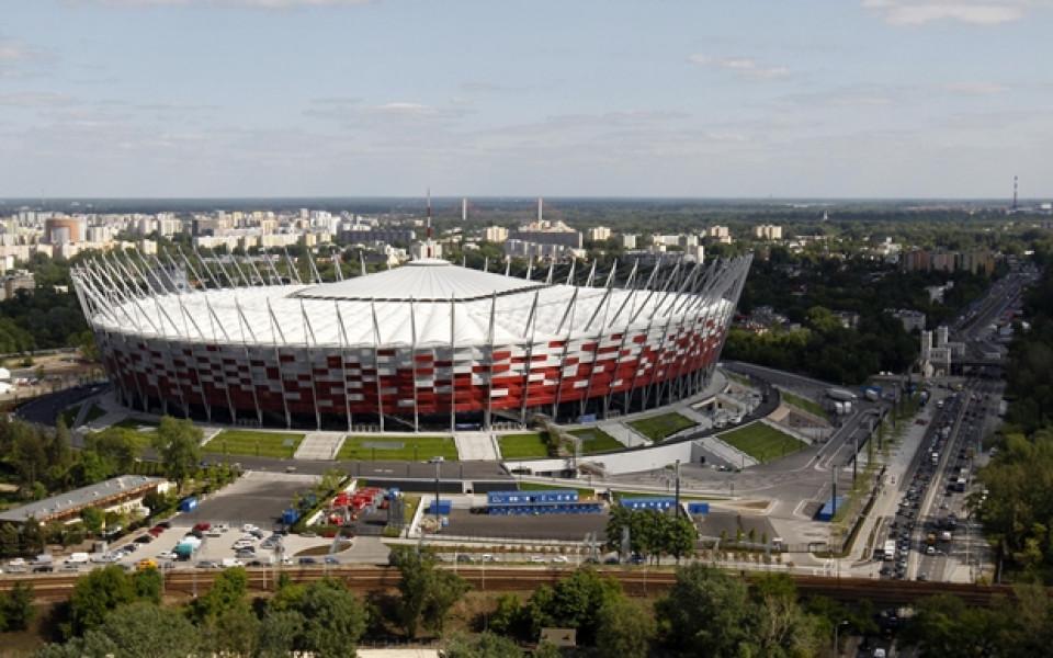 Строители ще блокират Националния стадион във Варшава за откриването на Евро 2012