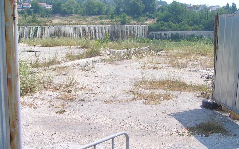 Ще доживее ли Варна стадион с осветление, табло и тоалетни?