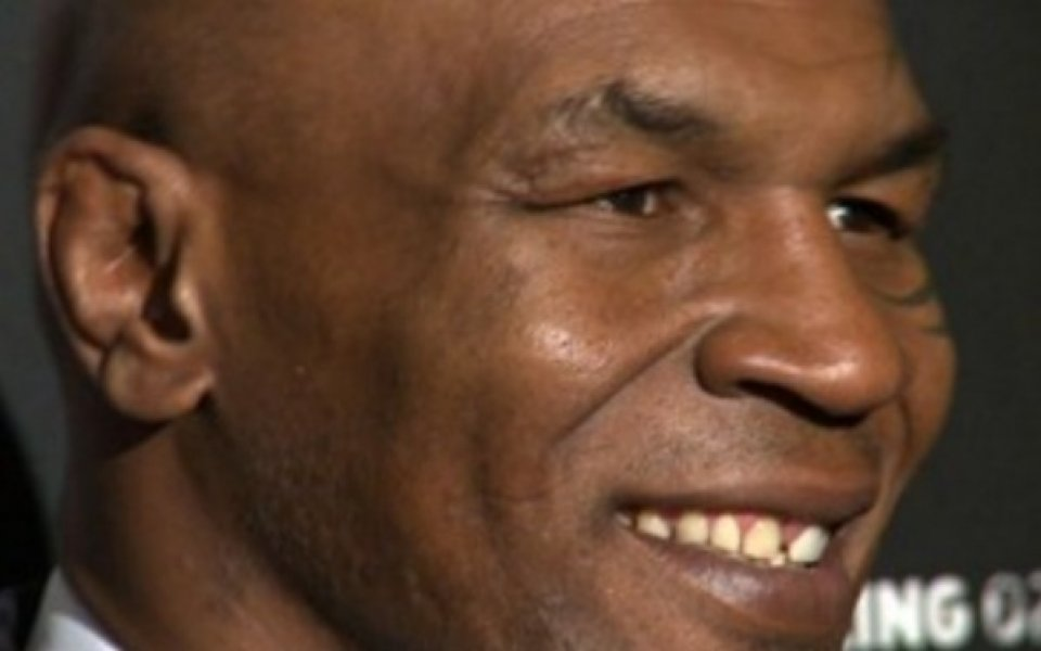 Легендарният боксьор Майк Тайсън призна, че харчи сериозна сума от