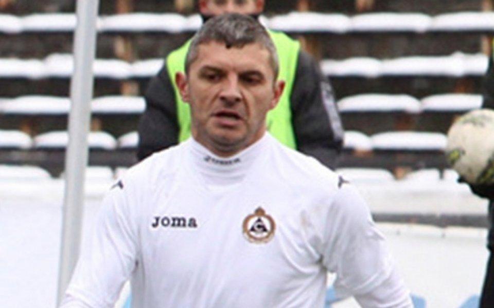 Славия чака Здравко Лазаров в близките дни