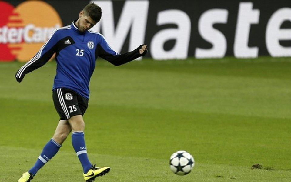 Хунтелаар иска да завърши футболната си кариера в Шалке