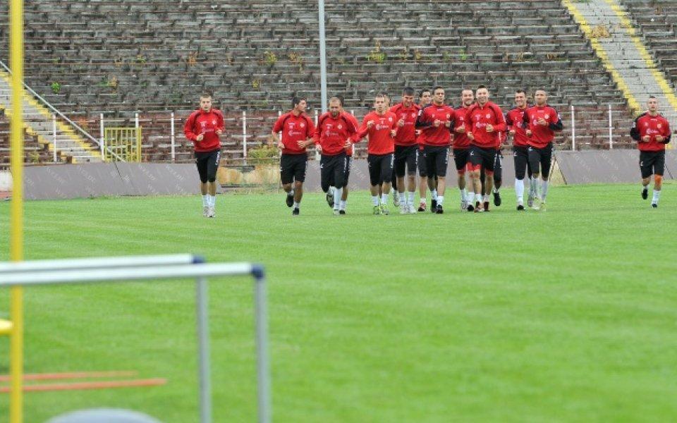 Първата контрола на ЦСКА със Стоичков се оказа закрита