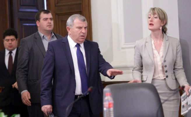 Златанова: Не правете пропаганда по еврофондовете