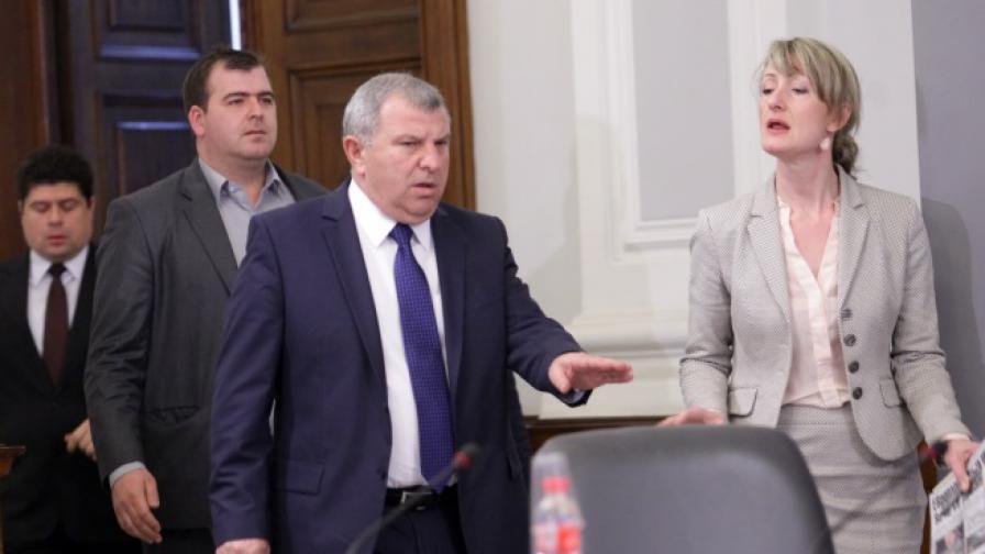 В Министерски съвет ръководствата на МЗХ и ДФЗ - Разплащателна агенция дадоха пресконференция за управлението на средствата от ЕС