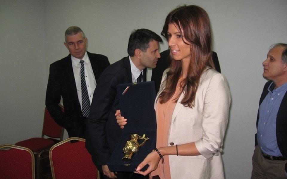 Кметът на Пловдив награди Цвети Пиронкова