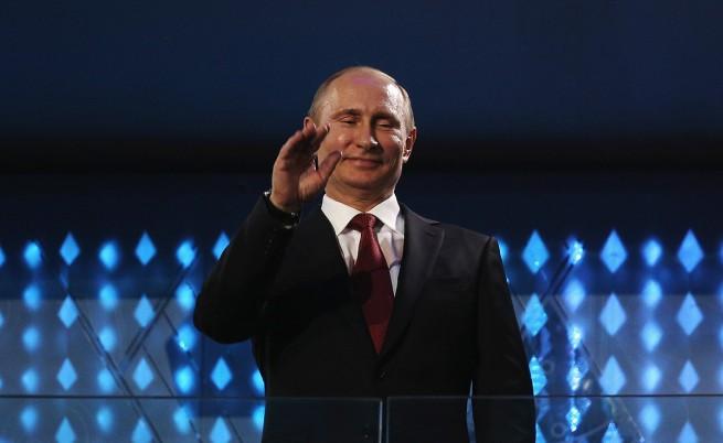 Владимир Путин: Интернет е проект на ЦРУ и продължава да се развива като такъв