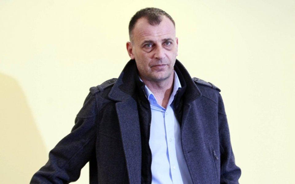 Тони Здравков: Не мога да работя с непрофесионалисти