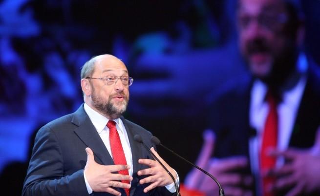 Мартин Шулц произнася слово в НДК