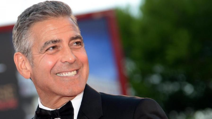 Упс, Джордж Клуни развали снимката ми!