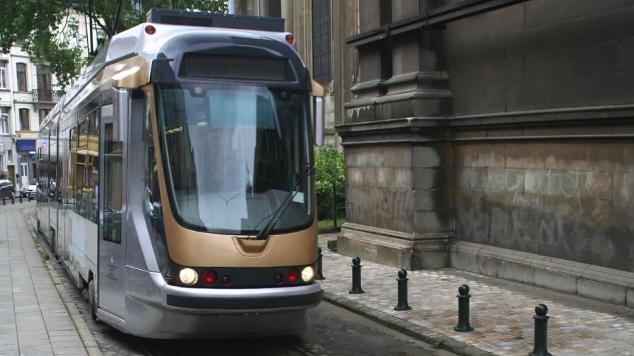 16 души пострадаха при удар между два трамвая в Брюксел