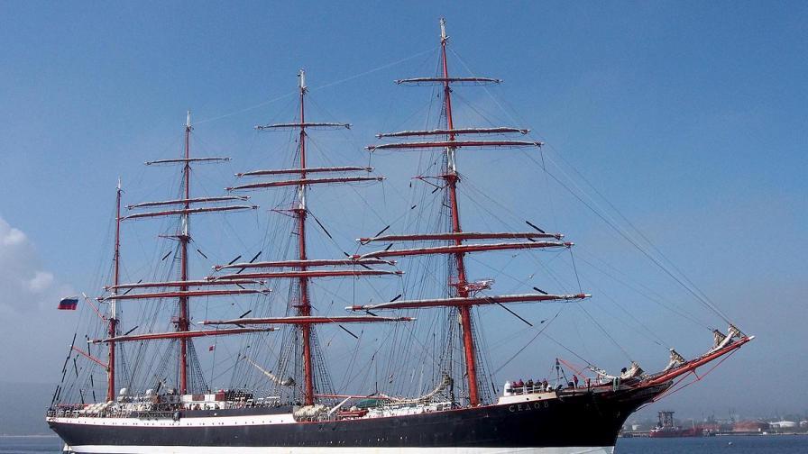 Най-големият четиримачтов ветроход в света пристигна във Варна