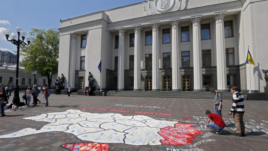 На кого още ЕС наложи санкции заради Украйна