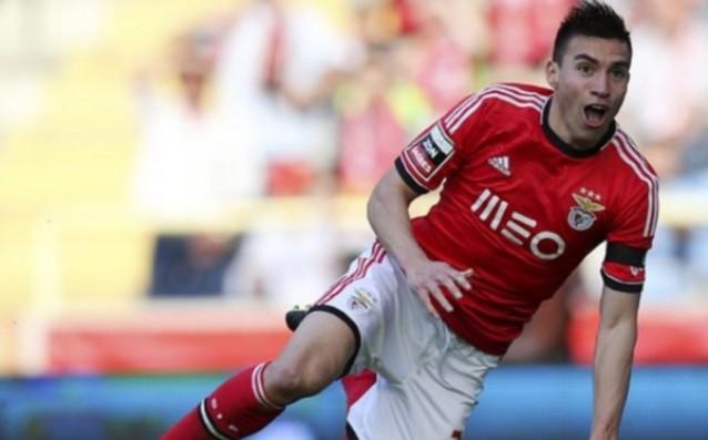 Аржентинец напуска Атлетико, търси си отбор в Премиършип