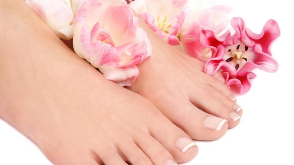 Гъбички по ноктите – козметичен проблем или не?