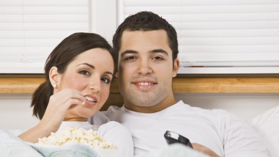 Двойно повече секс, ако имате телевизор в спалнята