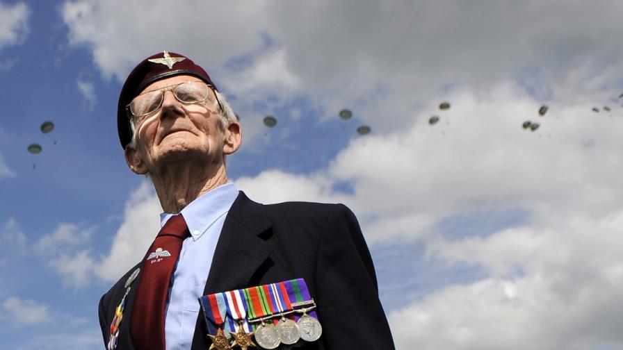 88-годишен дядо ветеран надви бандити с ножове