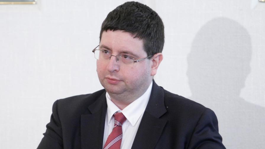 Чобанов: Пазарите ни имат доверие