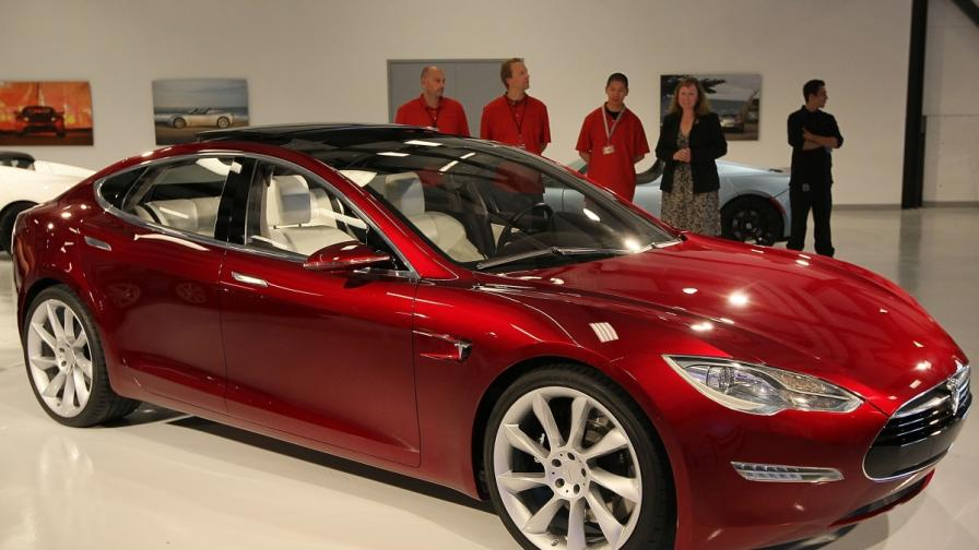 """""""Тесла"""" отвори патентите си, ще строи и завод в Европа"""