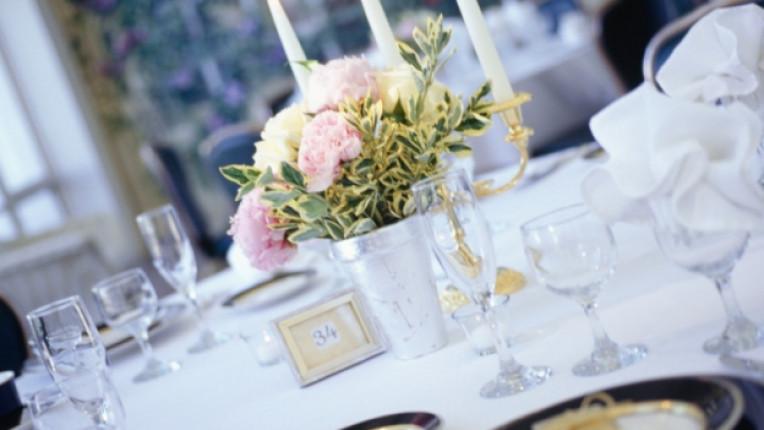 сватба маса сватбена маса