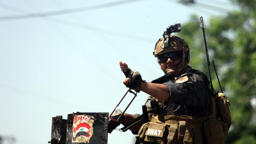 12 загинали и десетки ранени при терористичен акт в Багдад