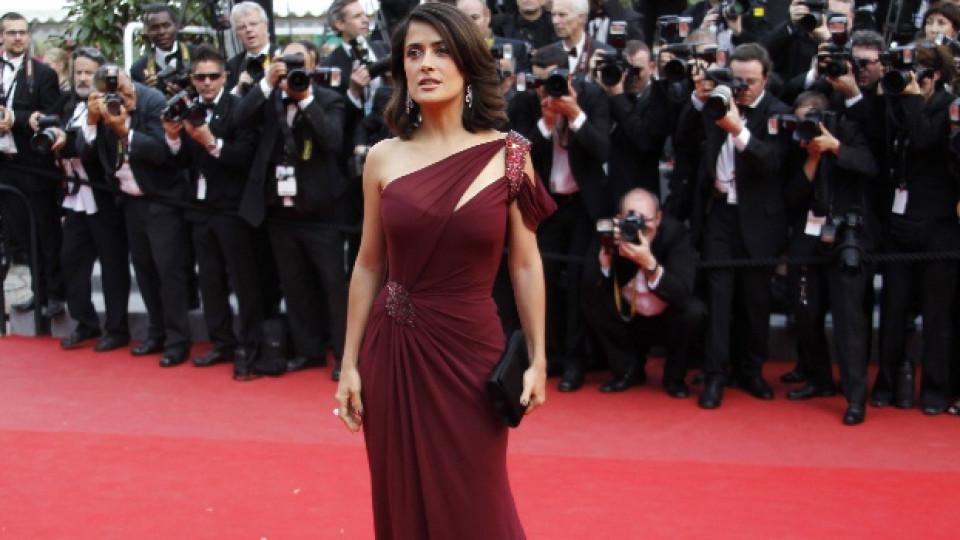 Салма Хайек по време на кинофестивала в Кан през 2010-а