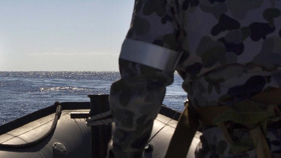 Корабче потъна край Малайзия; жертвите вероятно са десетки