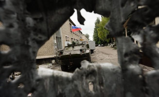 Сепаратисти в Украйна окупираха химически завод