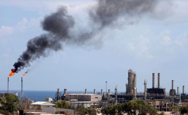 В Либия обявиха края на петролната криза
