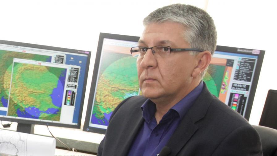 Изпълнителният директор на агенция за борба с градушките Николай Николов