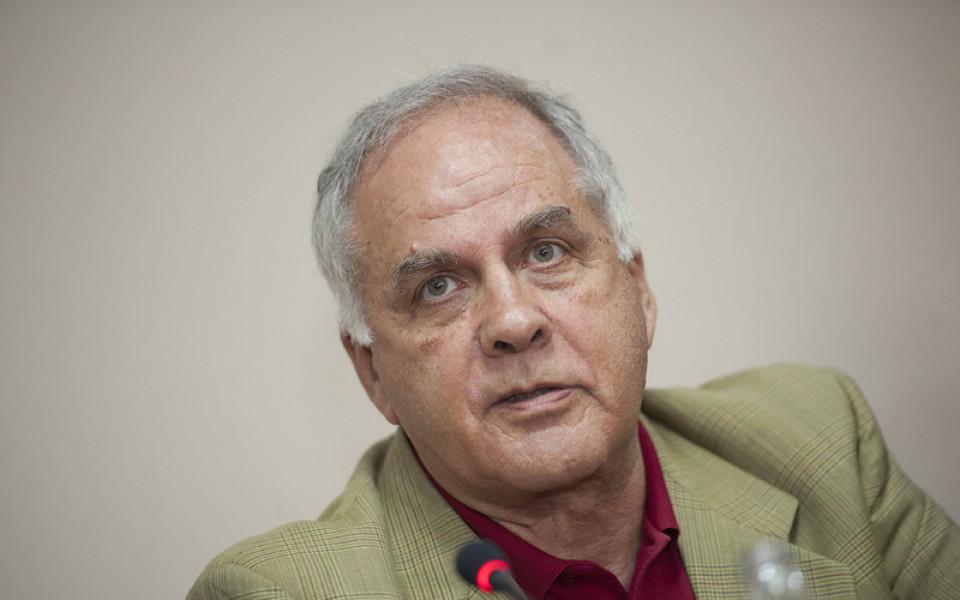 Данчо Лазаров: Договорът със световната федерация е много тежък
