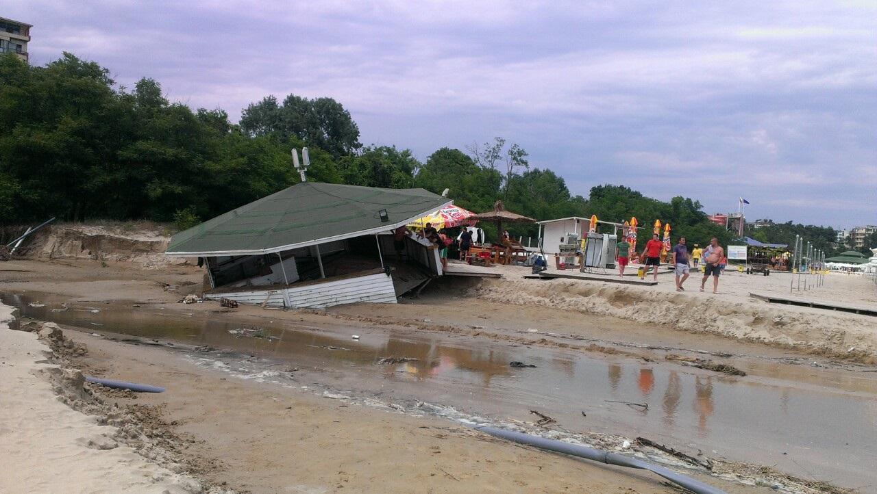 Приморско след бедствието