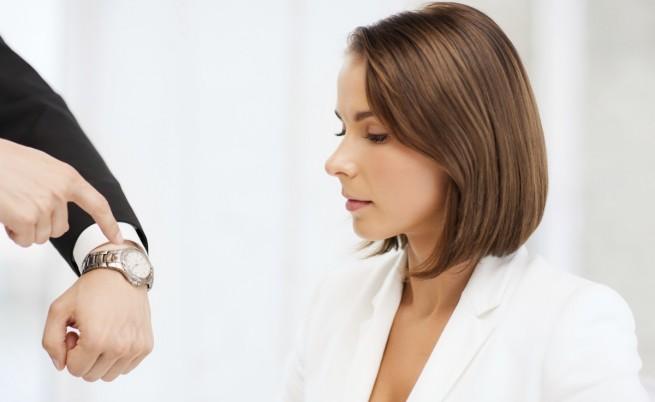 1% от българите сами определят работното си време