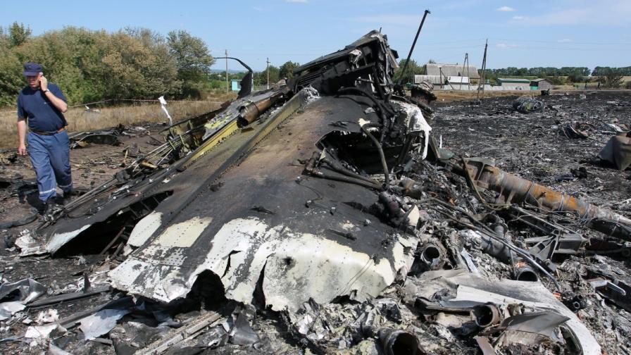 Експертите не могат да стигнат до падналия самолет