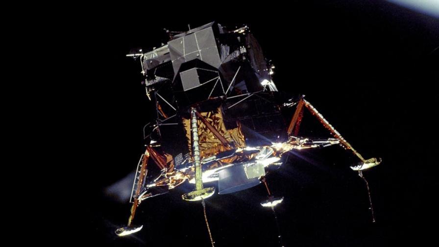 """Лунният модул на Аполо 11 """"Ийгъл"""", който отнесе астронавтите Нийл Армстронг и Бъз Олдрин на лунната повърхност"""