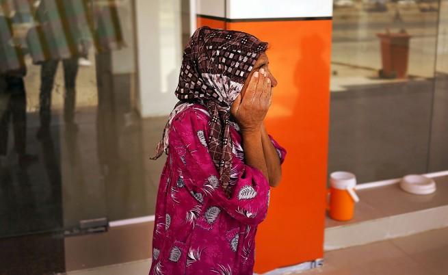 ИДИЛ нареди генитално осакатяване на жените в Мосул