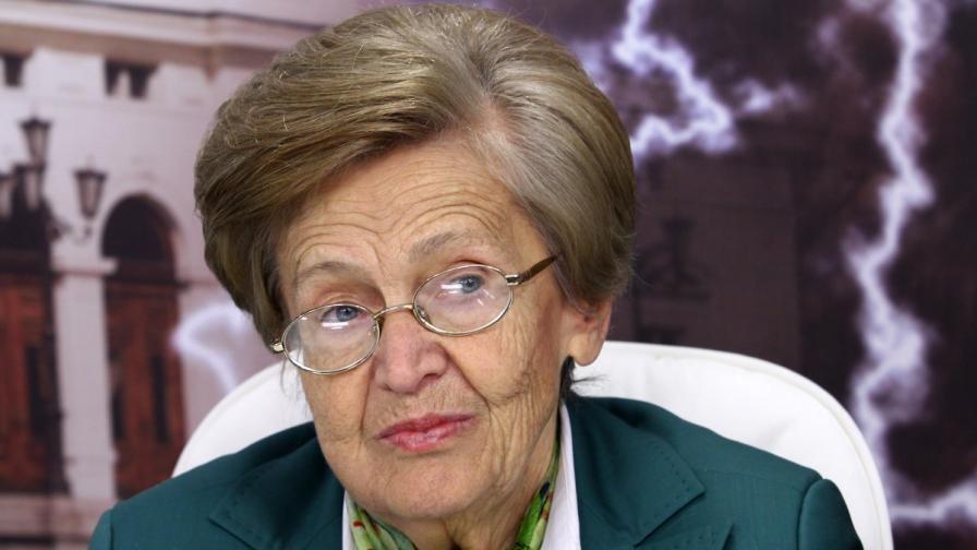 Проф. Христина Вучева: Нямаме нужда от нов дълг