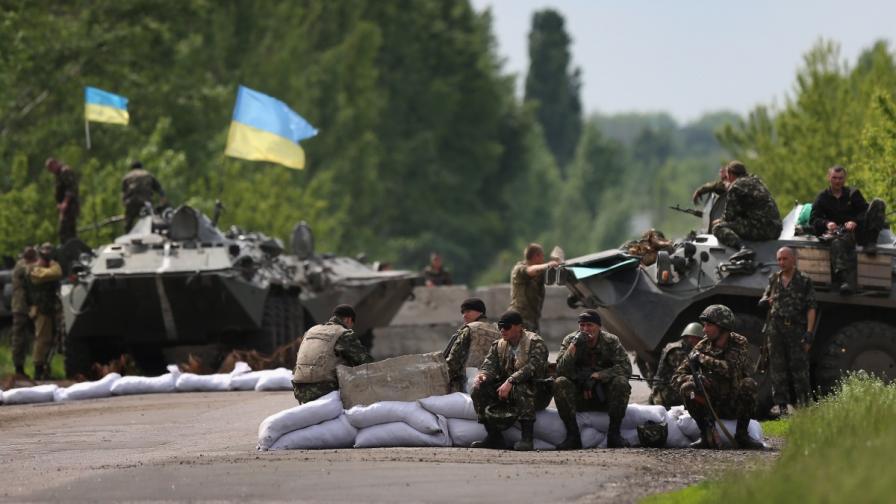 Украинските власти откриха масов гроб в Славянск