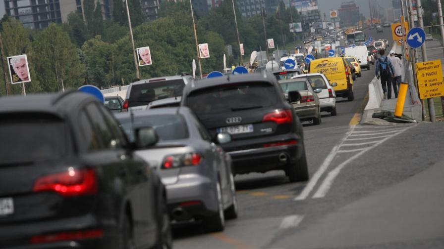 <p>Кошмарен трафик в София заради северната тангента</p>
