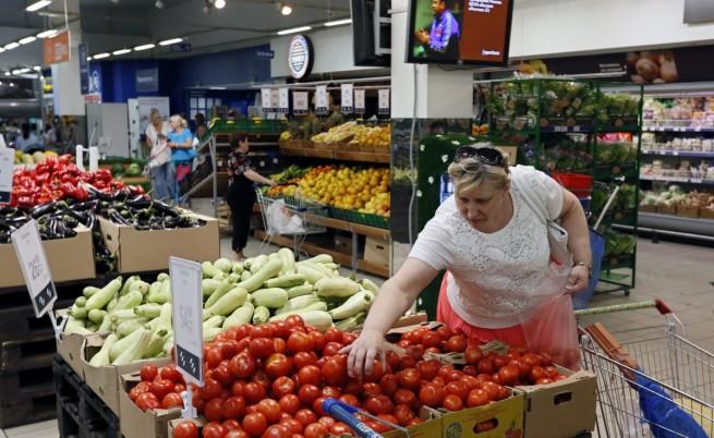 Печатът: От хранителното ембарго страдат самите руснаци