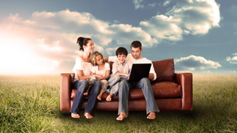 семейство дете технологии деца интернет таблет лаптоп компютър