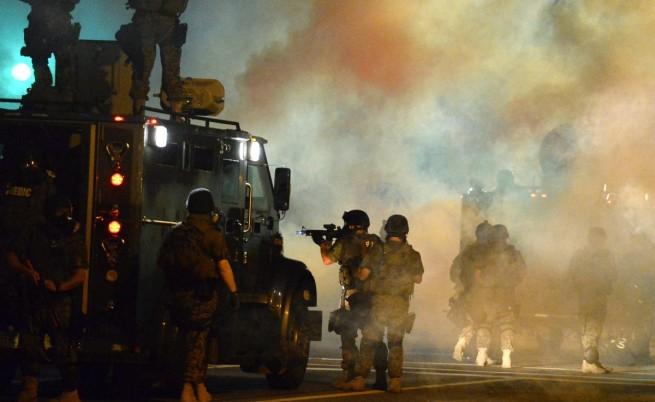 Обама: Внимателно със силовите мерки във Фъргюсън