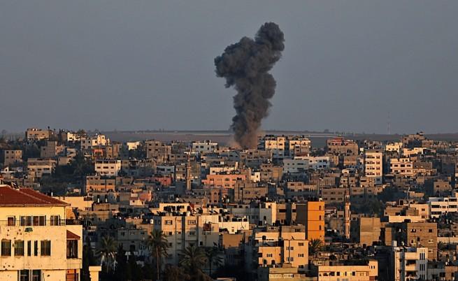 """Израел и """"Хамас"""" се върнаха към оръжията"""